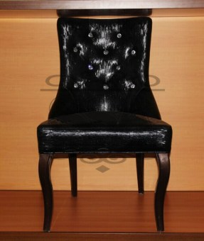 China-black-leather-living-room-leather-swivel