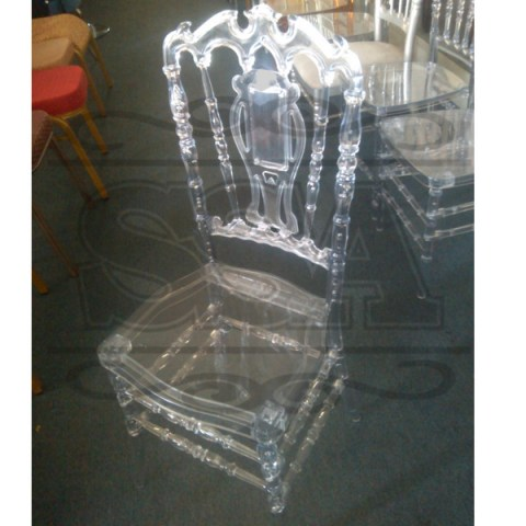 transparent-resin-white-outdoor-wedding-chairs